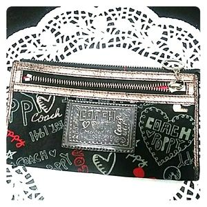 COACH POPPY. Graffiti Hearts Wristlet 8x4""
